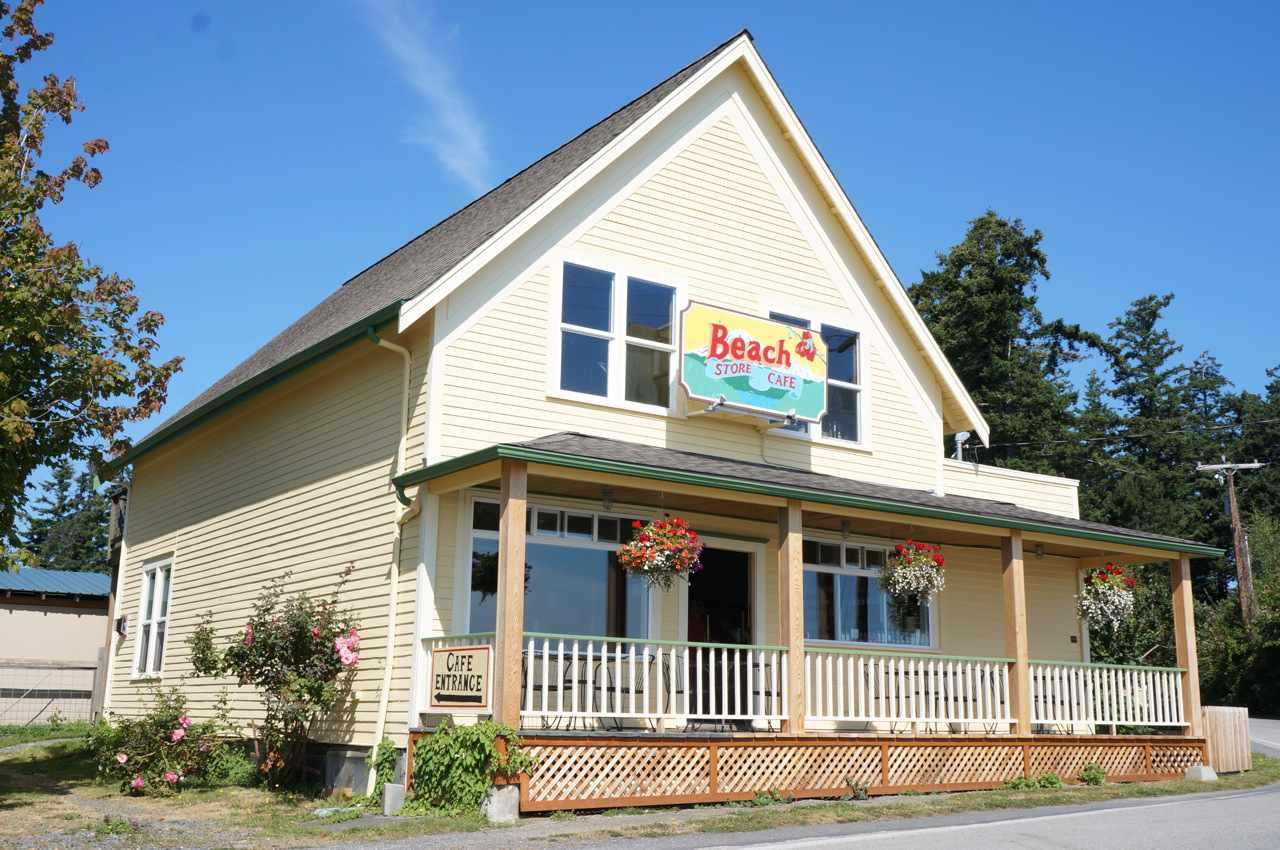Beach Store Cafe