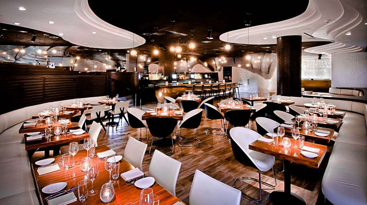 modern black and white dining room at STK Steakhouse in Las Vegas