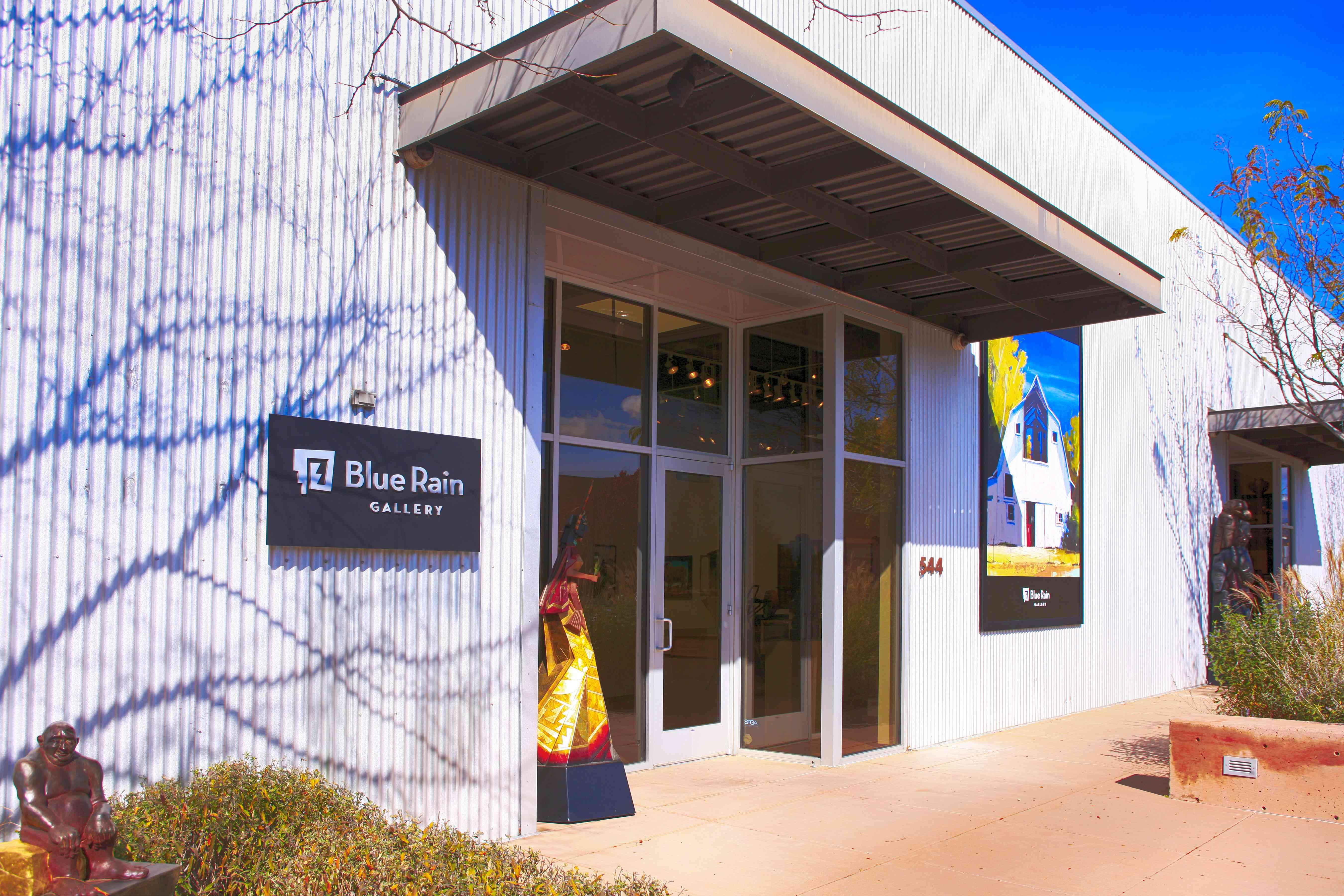 Edificio de la galería de arte Blue Rain en el distrito de arte de railyard de Santa Fe, Nuevo México