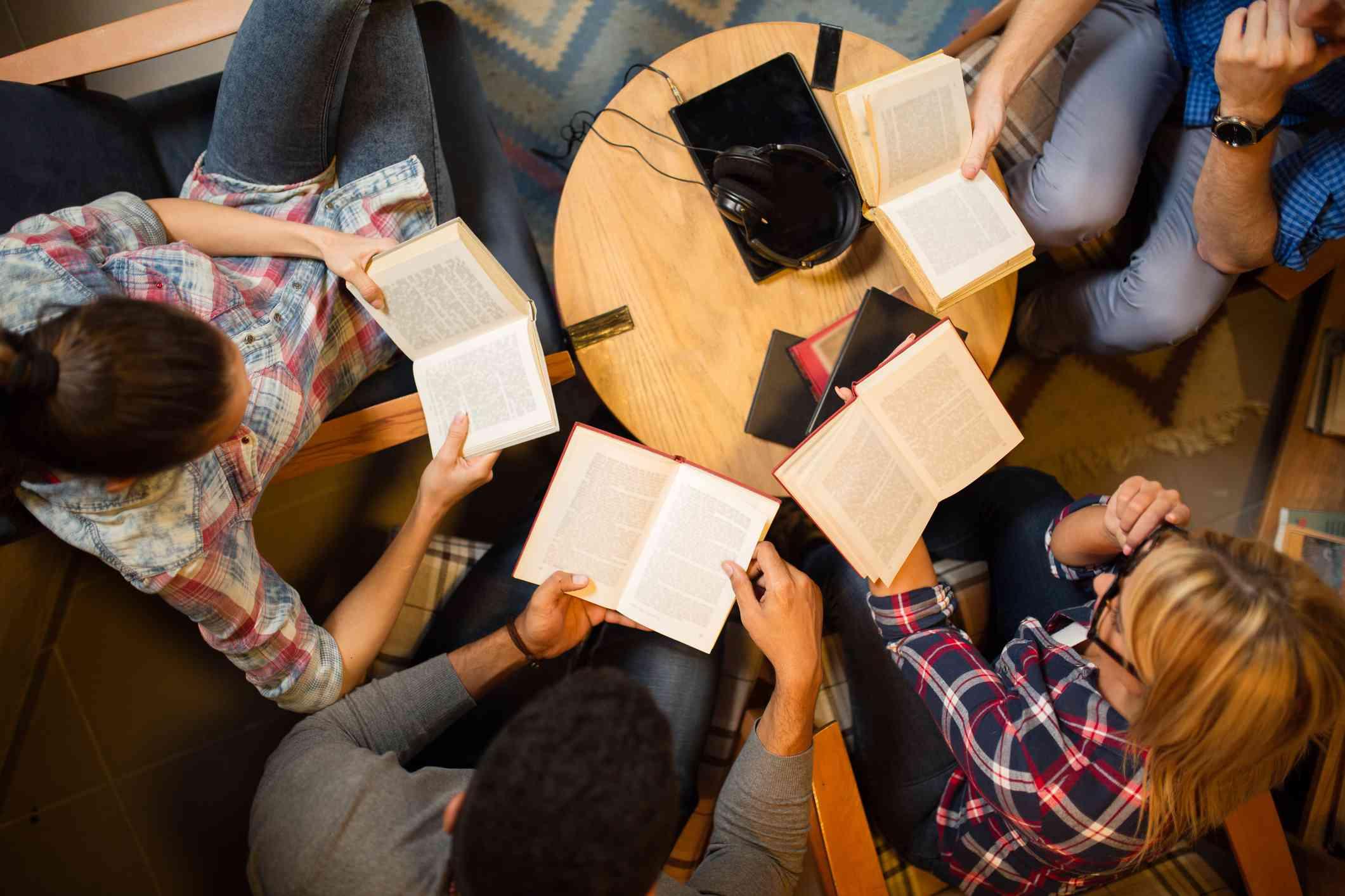 Catholic singles groups