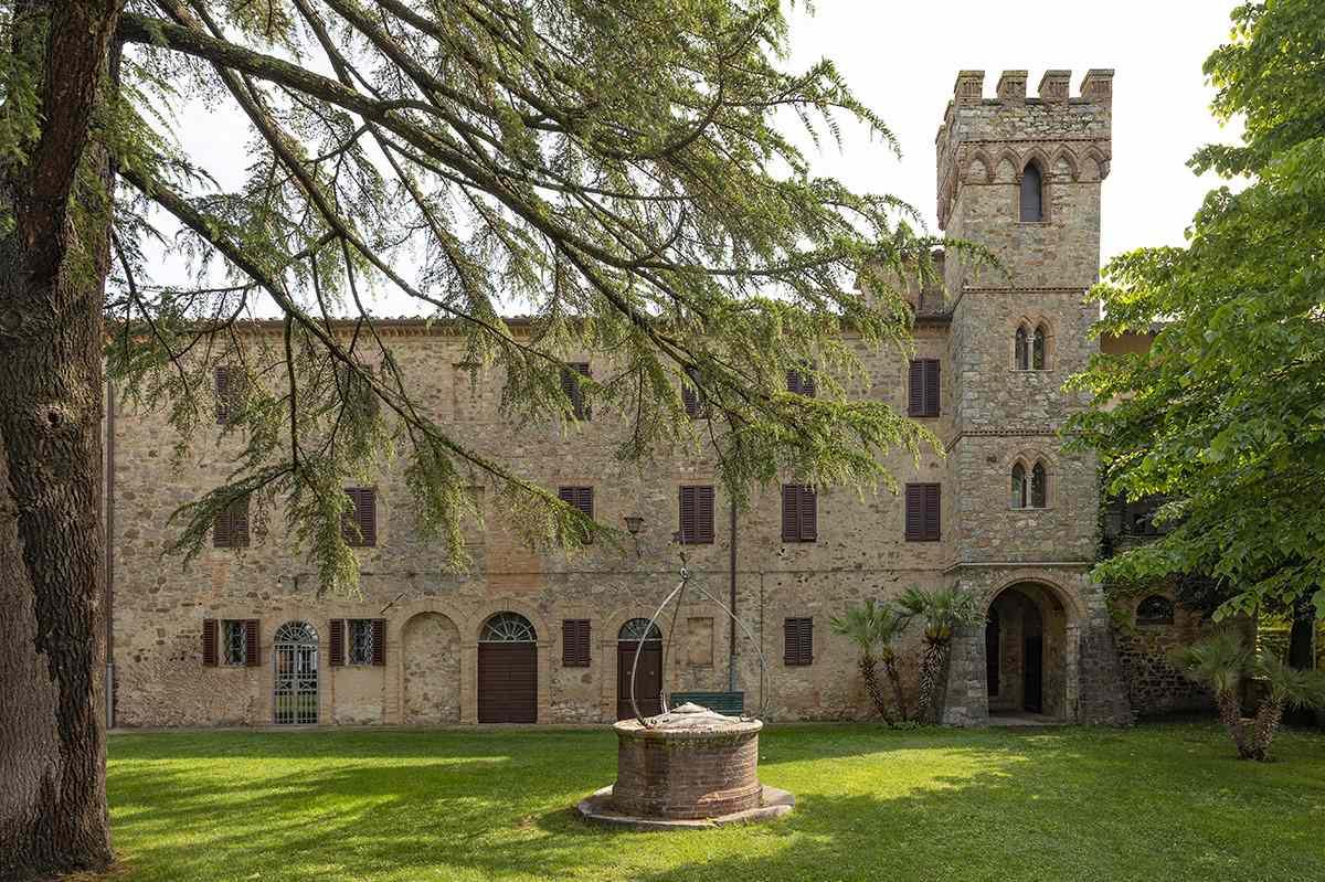 Castello Nippozano winery