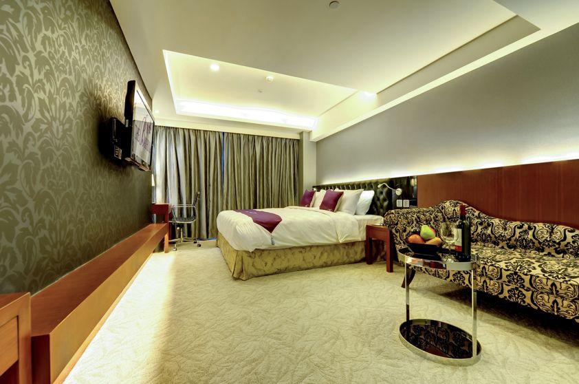 Bauhina apartments
