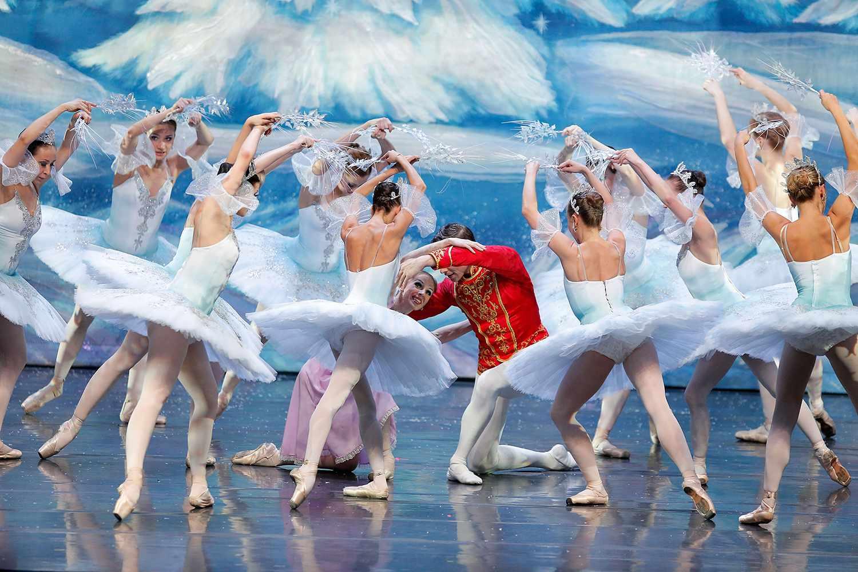 Moscow Ballet's Great Russian Nutcracker New York City 2013