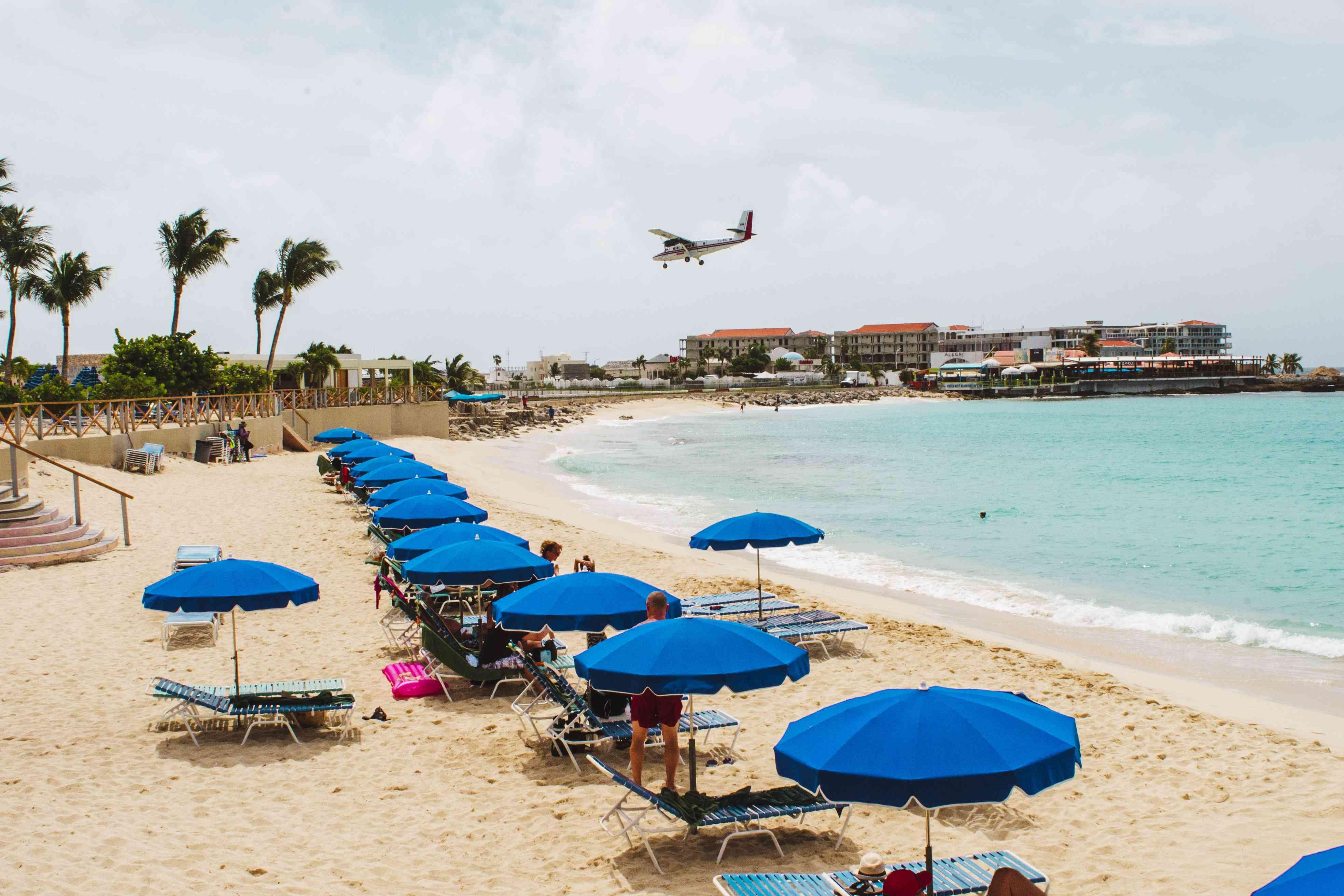 Plane landing at Maho Bay in St Maarten