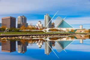 A picture of the Milwaukee Art Museum, sitting on Lake Michigan