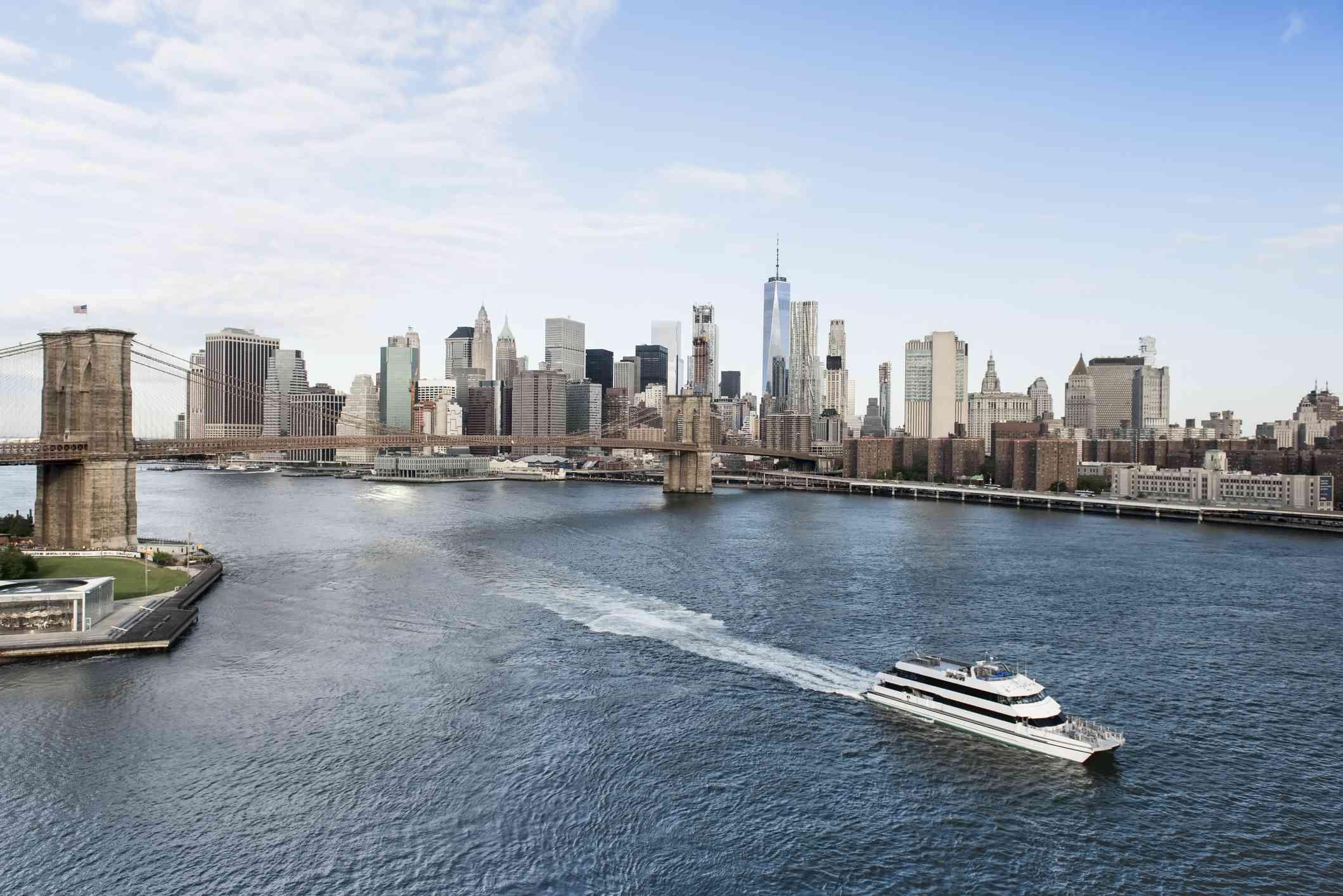 Aereal view of New York City Skyline and Brooklyn Bridge
