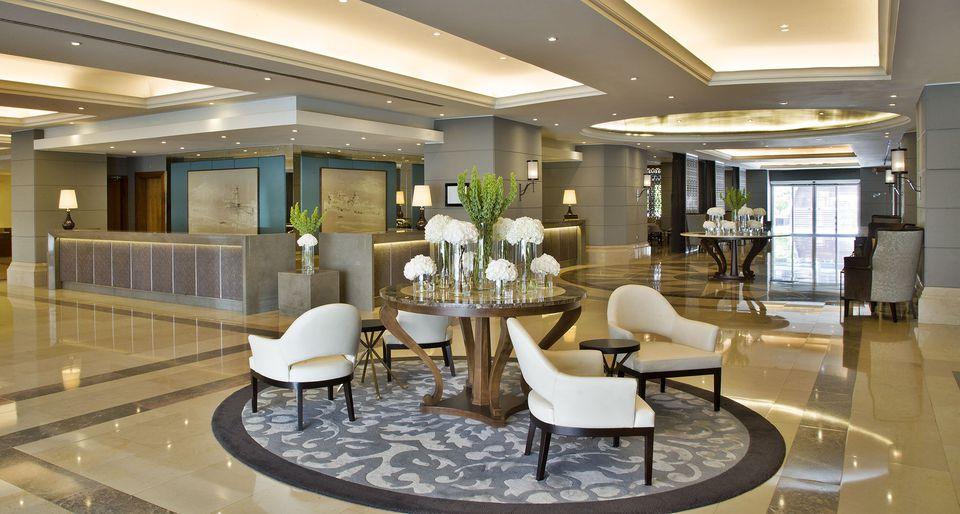 Lobby del hotel de lujo Corinthia en Losbon