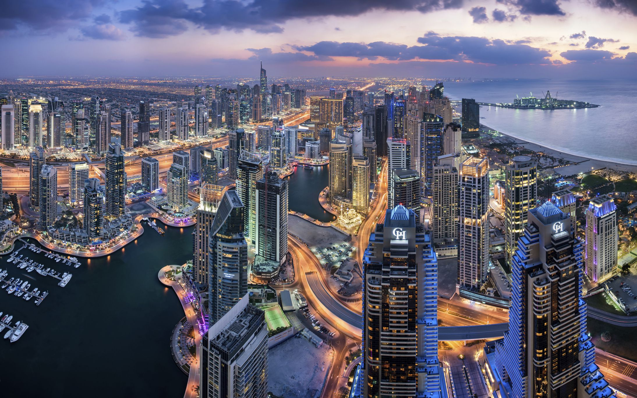 Nightlife In Dubai Best Bars Clubs Amp More