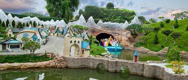 storybook-land-canal-boats.jpg