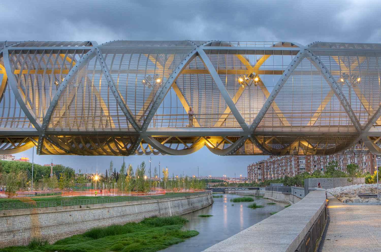 Nice and modern bridge in Madrid