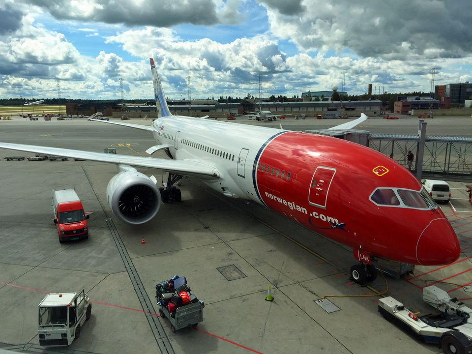 Norwegian Dreamliner awaits passengers