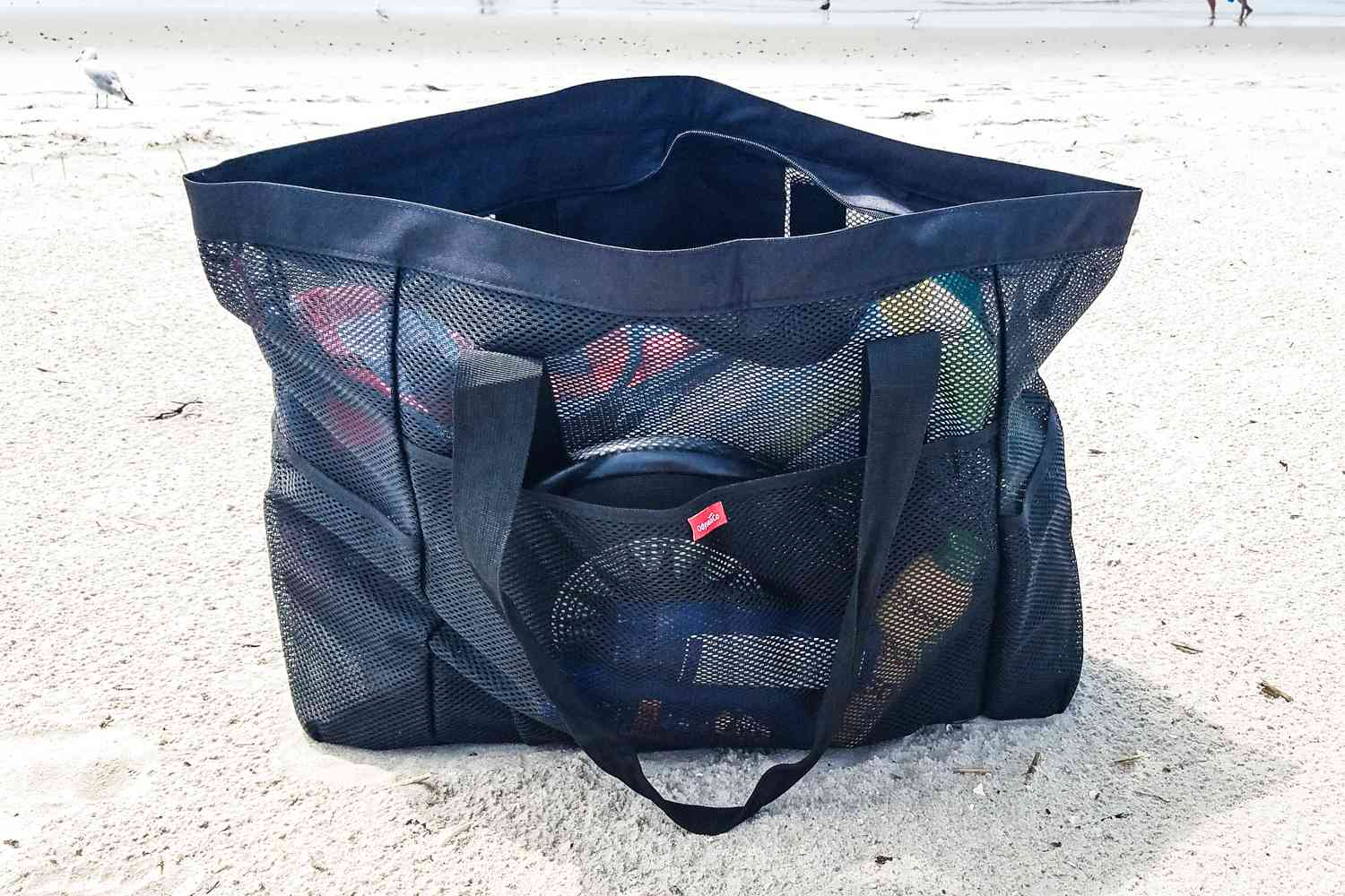 43a950b5615 The 8 Best Beach Bags of 2019