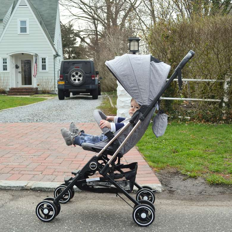 Besrey Airplane Capsule Lightweight Baby Stroller Review