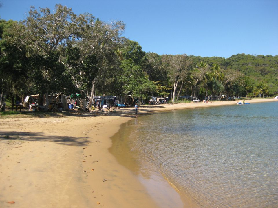 Beach campsite at the town of 1770