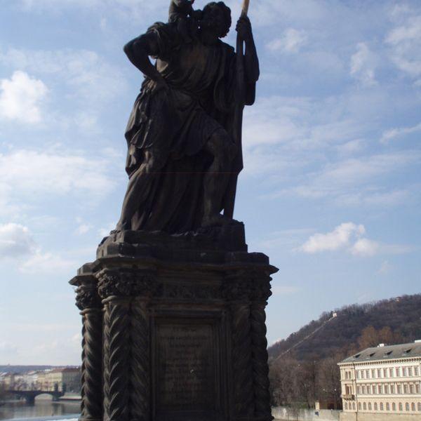 San Cristóbal en el Puente de Carlos Praga