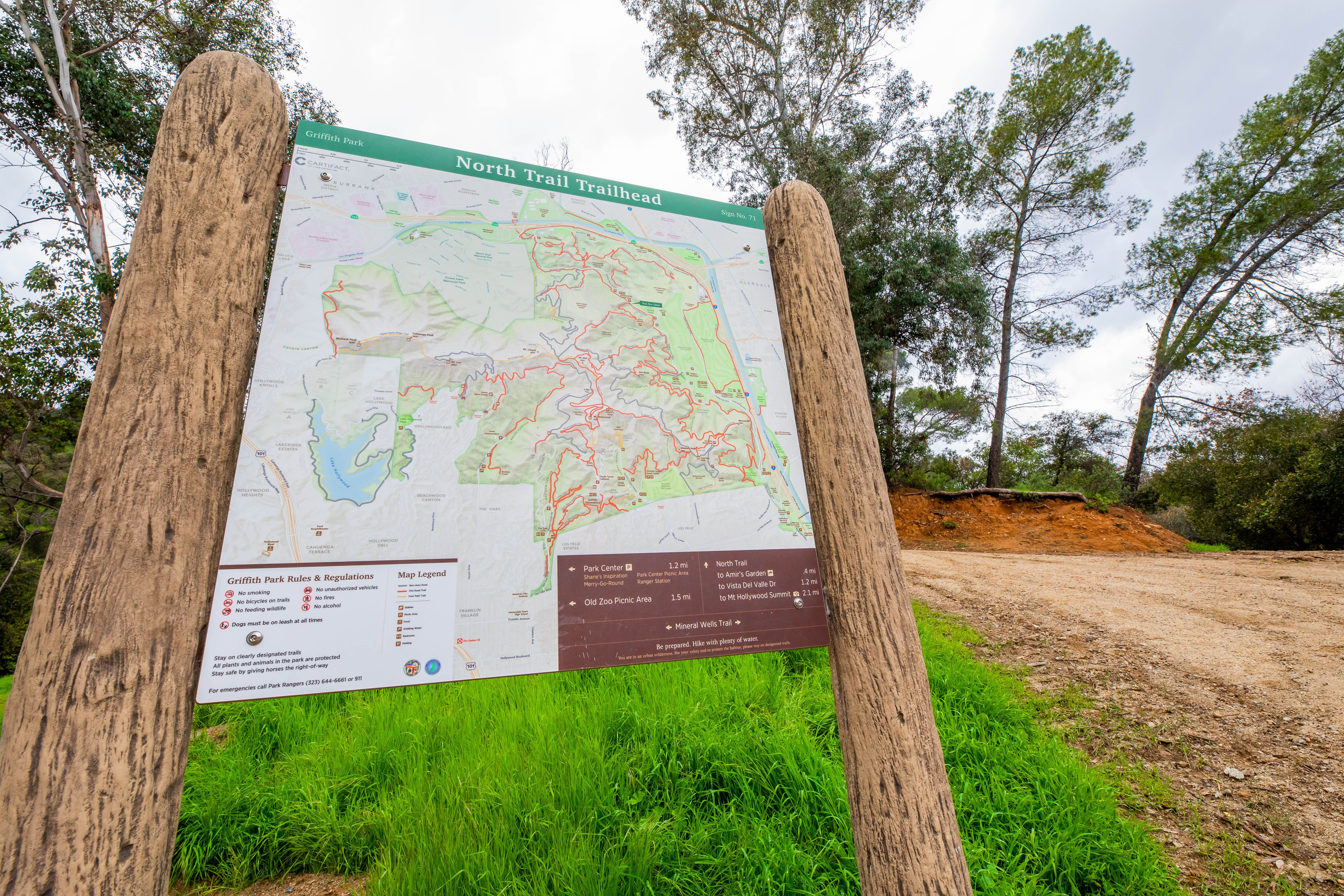 Hiking trail map in Griffith Park