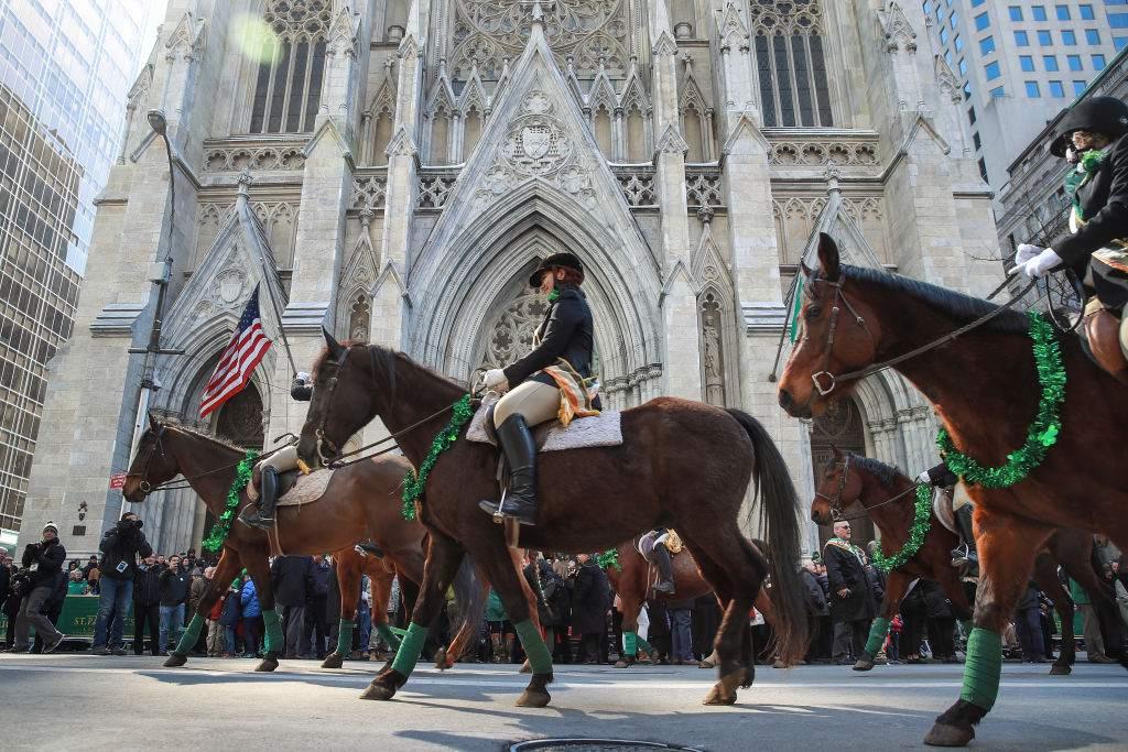 Desfile anual del Día de San Patricio celebrado en la Quinta Avenida de Nueva York