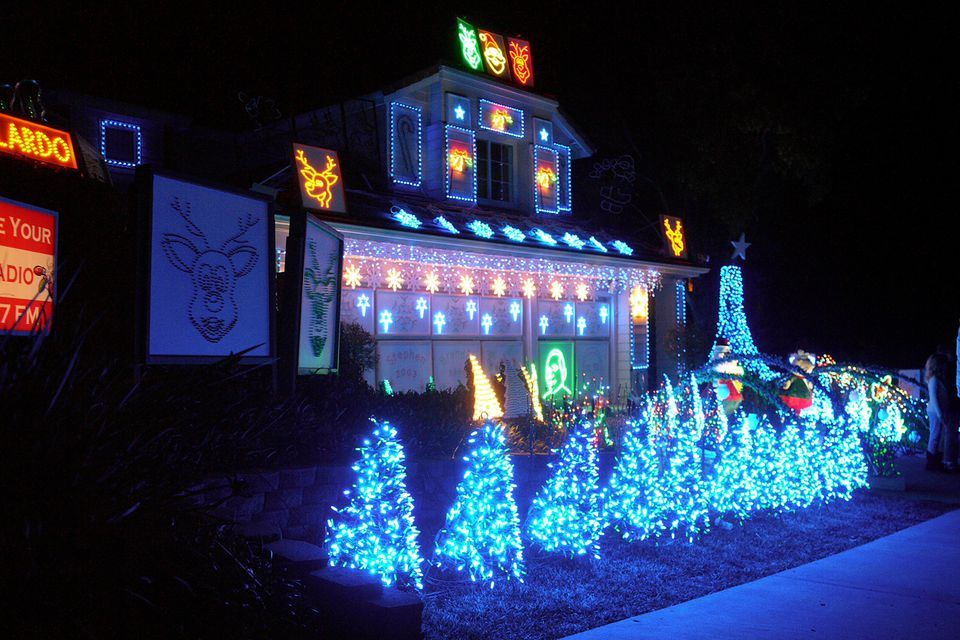 note though the listings are of neighborhoods that traditionally light up dates and displays are subject to change
