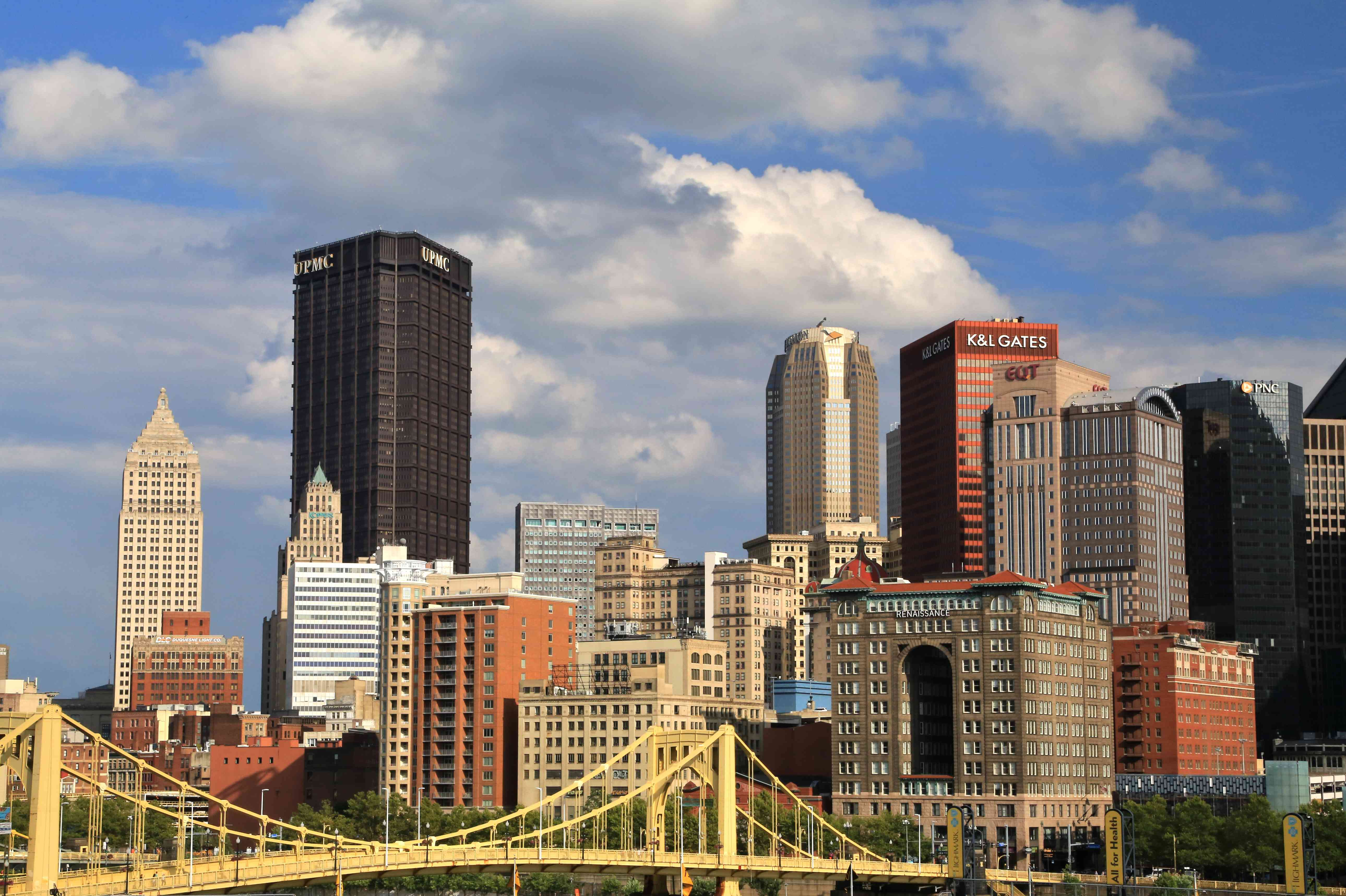 Pittsburgh downtown skyline