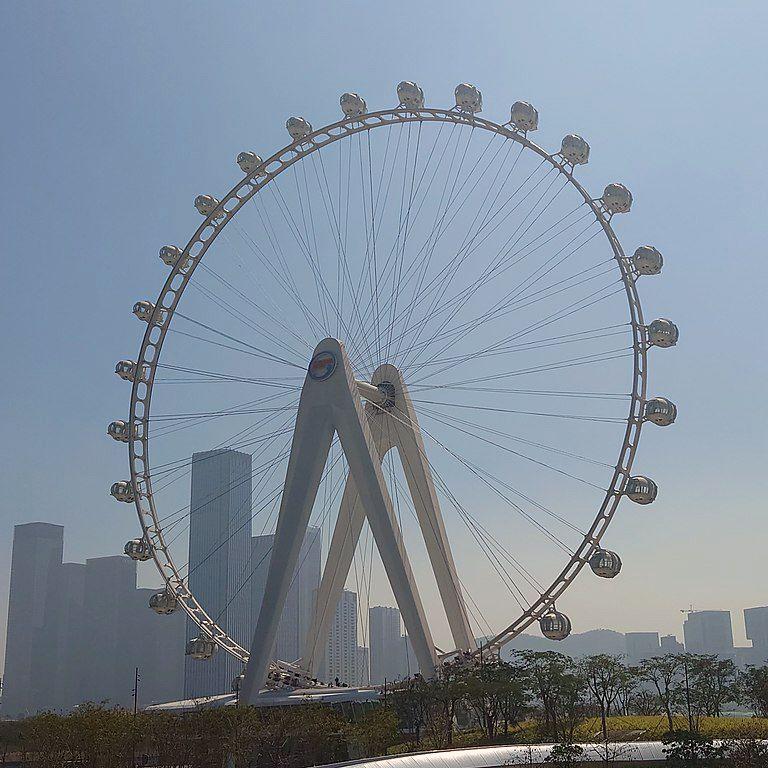 Bay Glory observation wheel