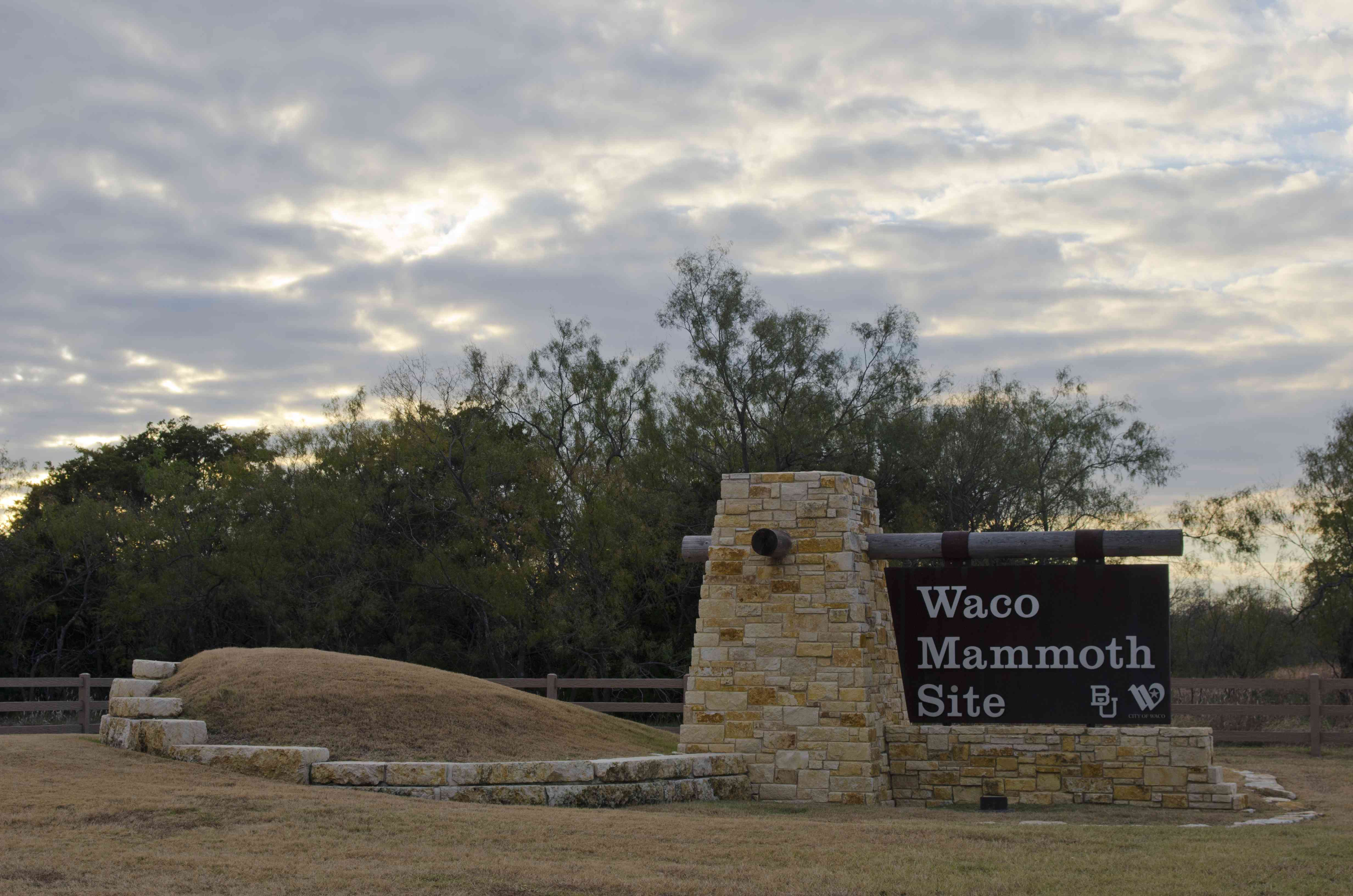 Entrance Sign to Waco Mammoth Site