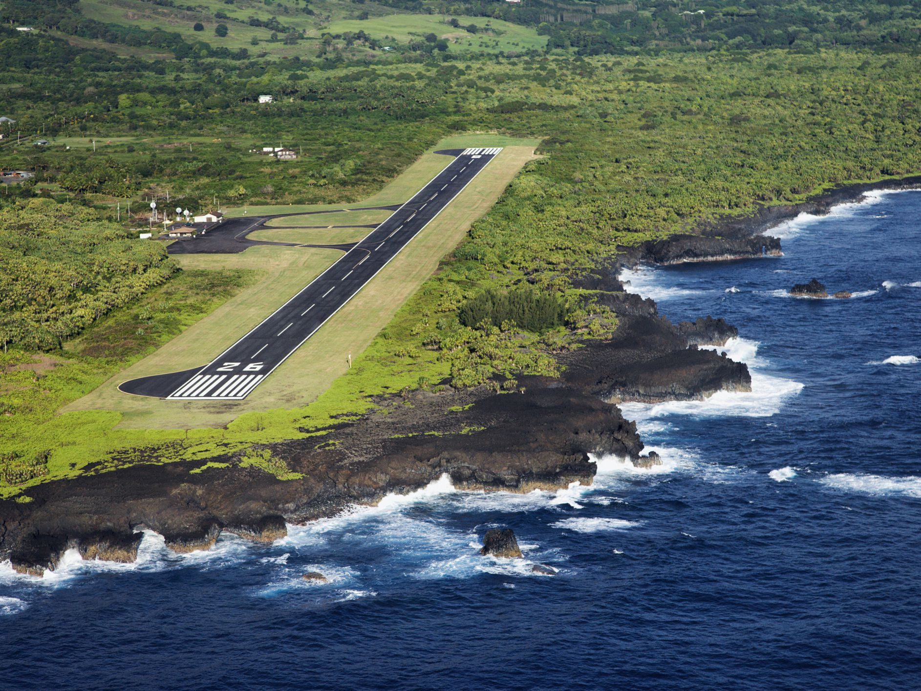 A Guide To Airports On Maui