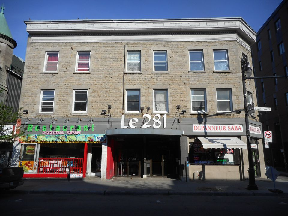 Street view of Club 281 in Montreal