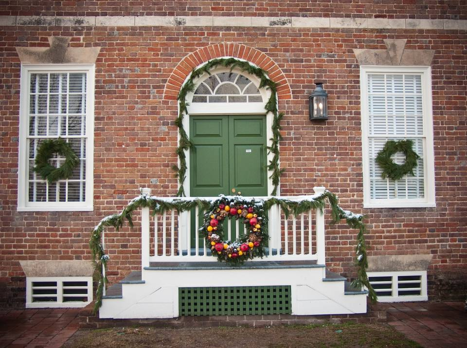 Christmas decorations on a home in Williamsburg