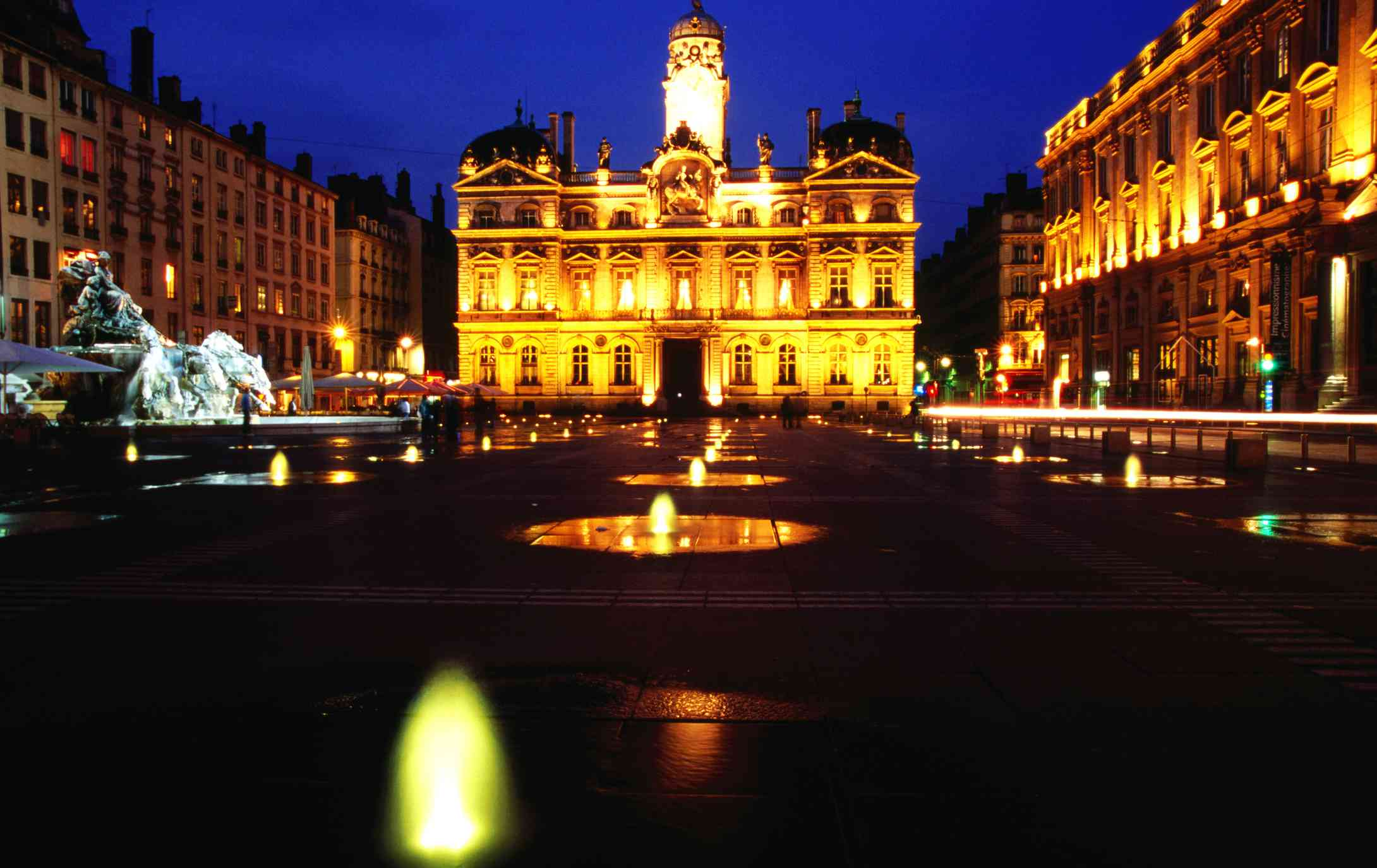 Place des Terreaux and Lyon City Hall in Frane