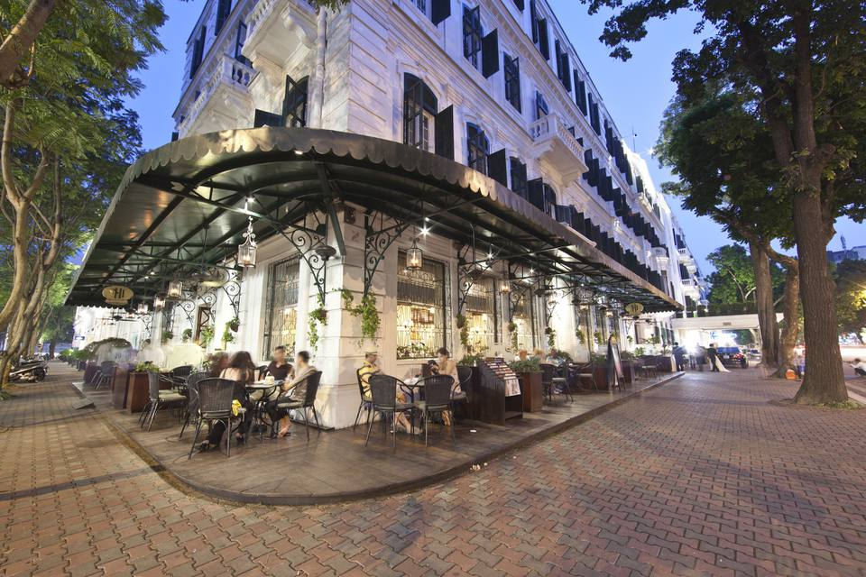 Terrace pavement/cafe, Sofitel Legend Metropole, Hanoi