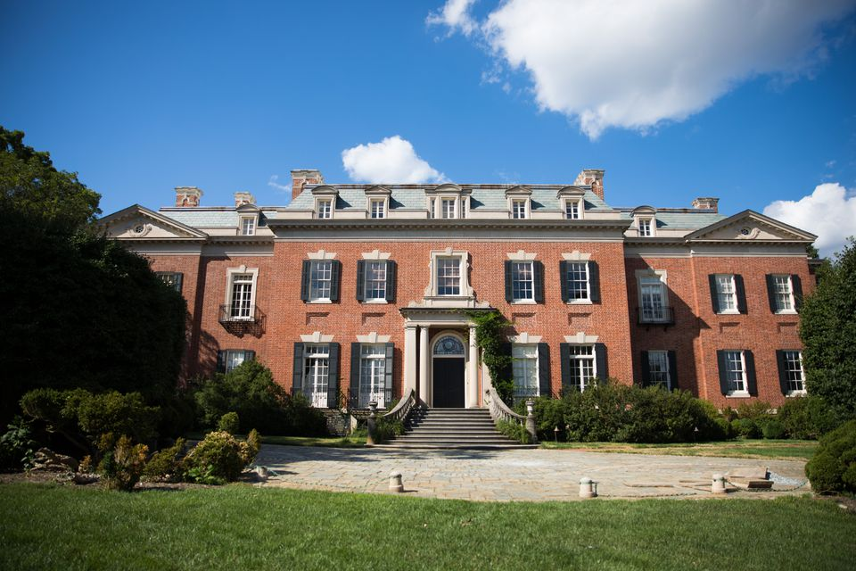Exterior of Dumbarton Oaks house