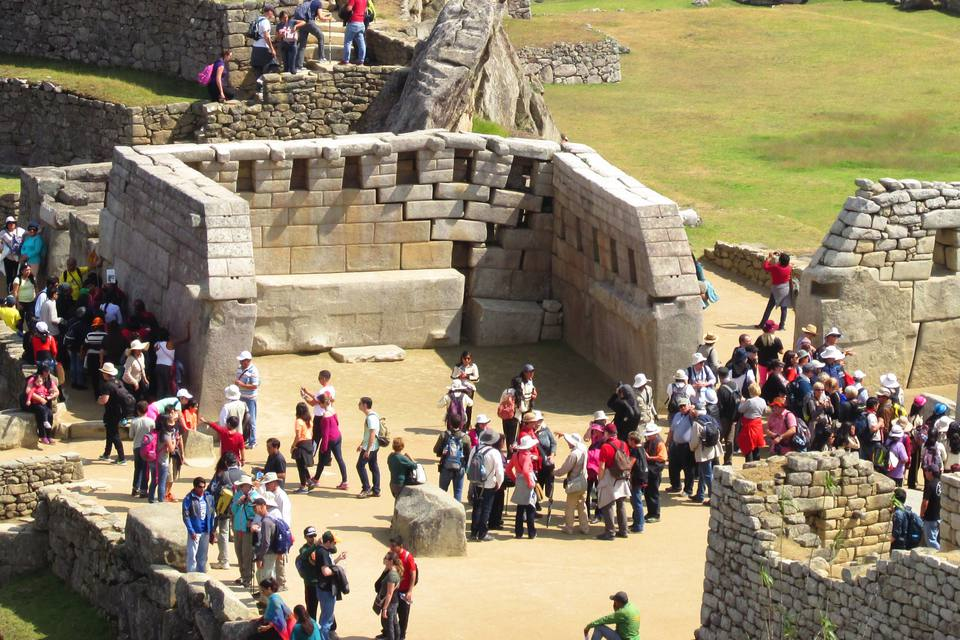 Tourists at Machu Picchu in 2015
