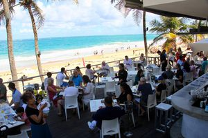 People dining at Oceano Restaurant