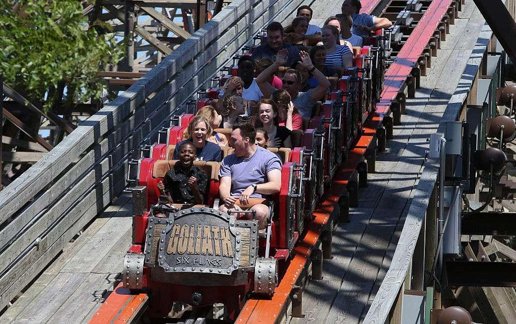 Goliath en Six Flags Great America