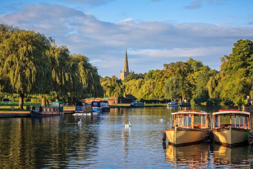 Idyllic river Avon passing though Stratford-upon-Avon