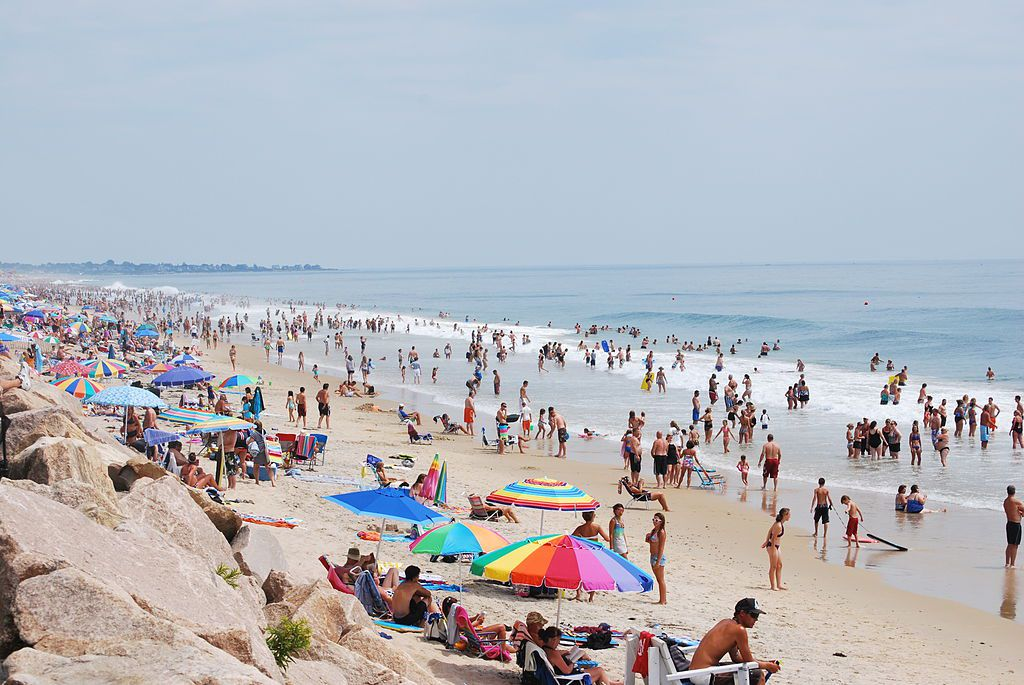 Best Family Fun Beaches In Rhode Island Misquamicut Beach
