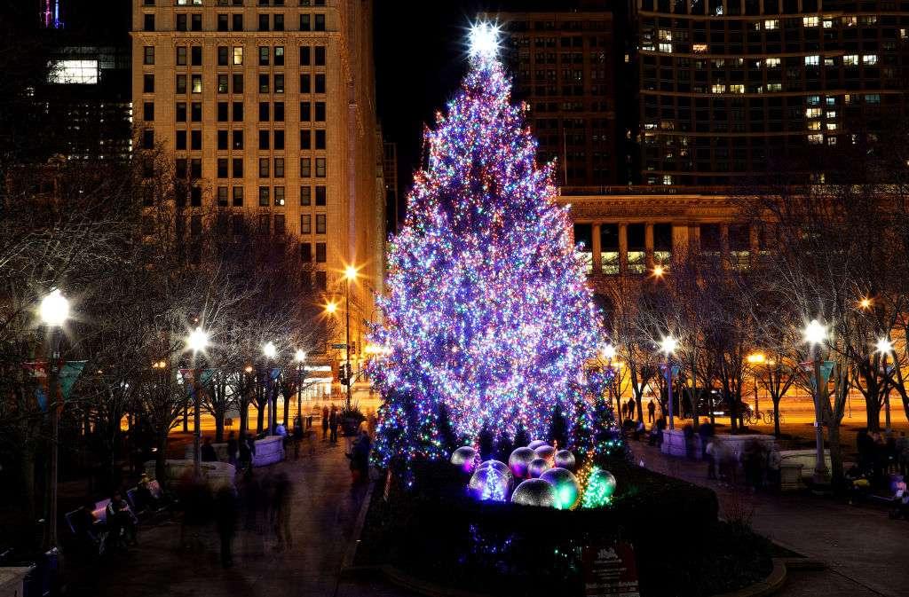 Millennial Park Christmas tree