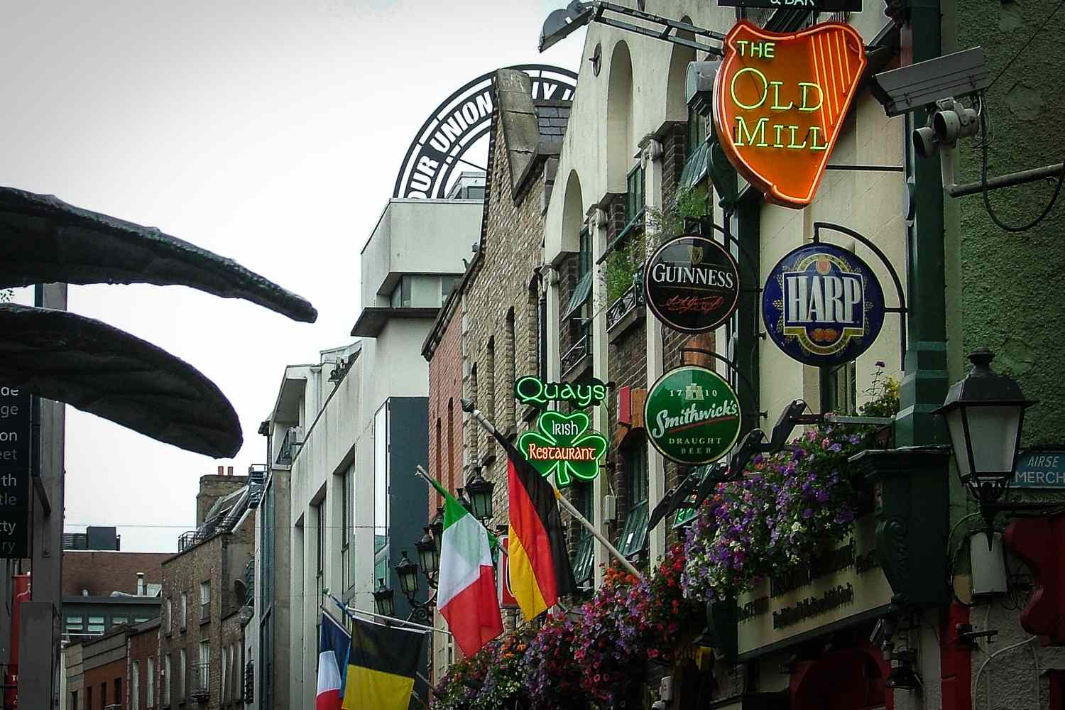 Dublin's Temple Bar - might disappoint, if your expectations are set too high