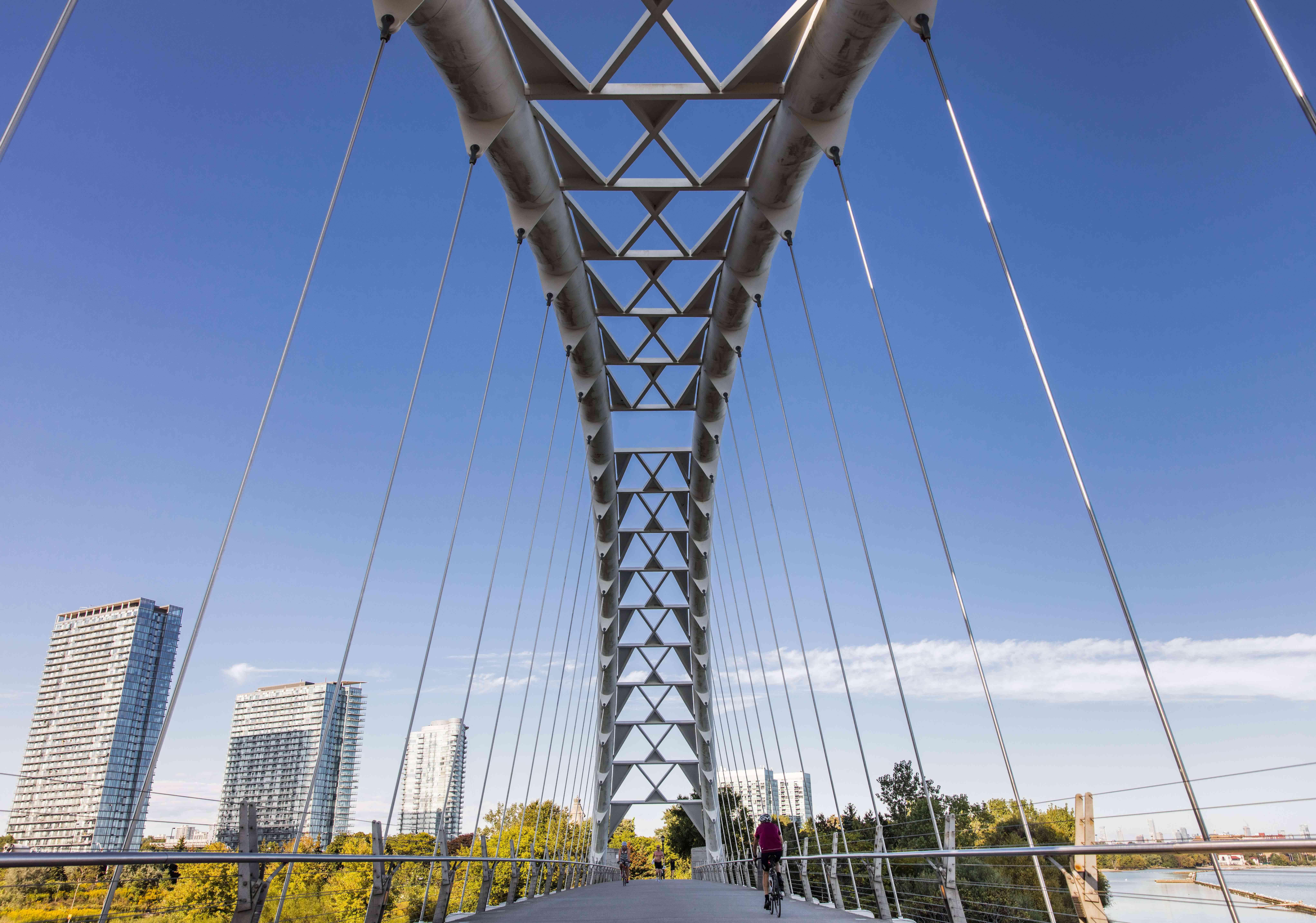 Humber Bay Bridge in Toronto