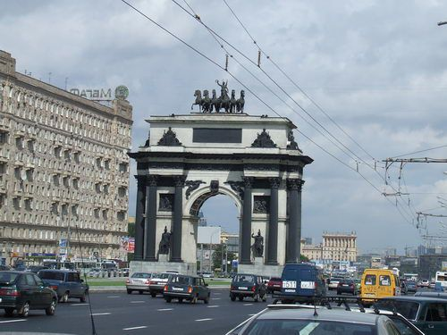 Moscow's Grand Triumphal Arch Celebrates the End of the War of 1812 with France