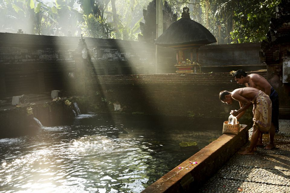 Religious ceremony at Tirta Empul