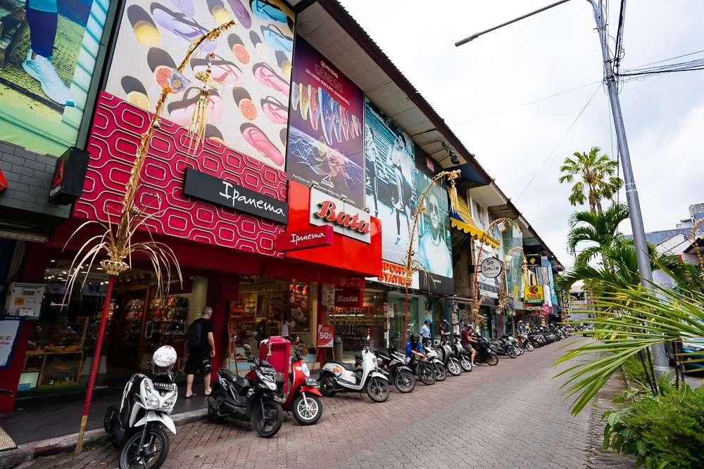 Long row of shops at Kuta Square