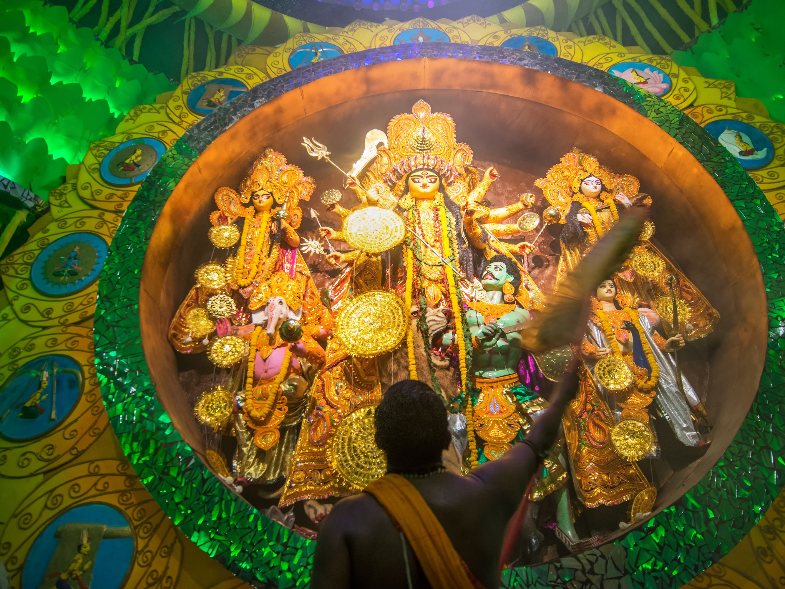 Photo Feature: 25 Pictures of Durga Puja in Kolkata