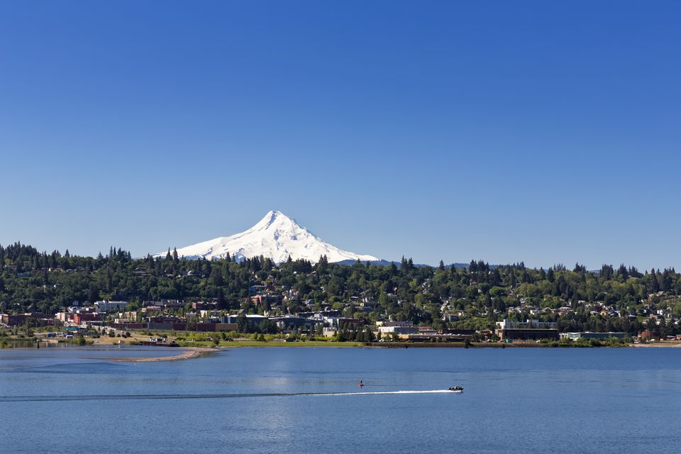 USA, Oregon, Mount Hood, Columbia River and city Hood River