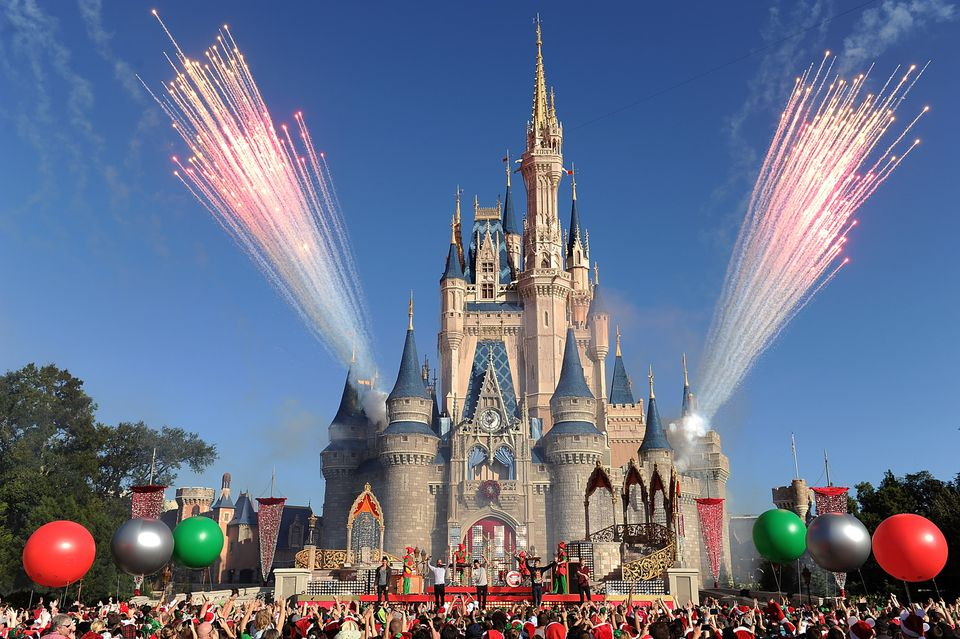 Fuegos artificiales en el Castillo de Cenicienta de Disney World