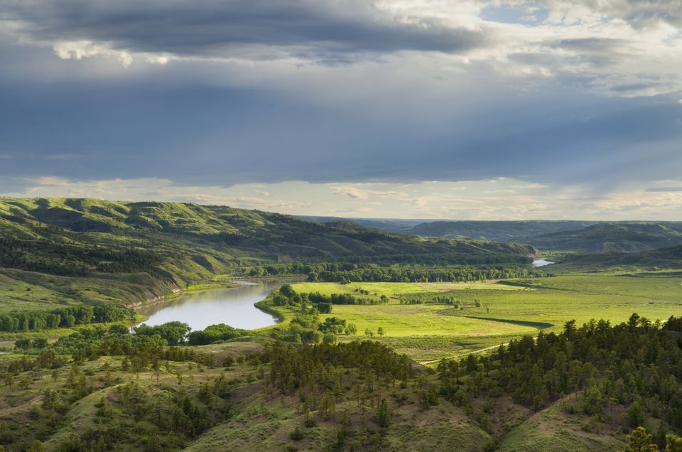 Missouri River flowing through Charles M Russell National Wildlife Refuge, Montana