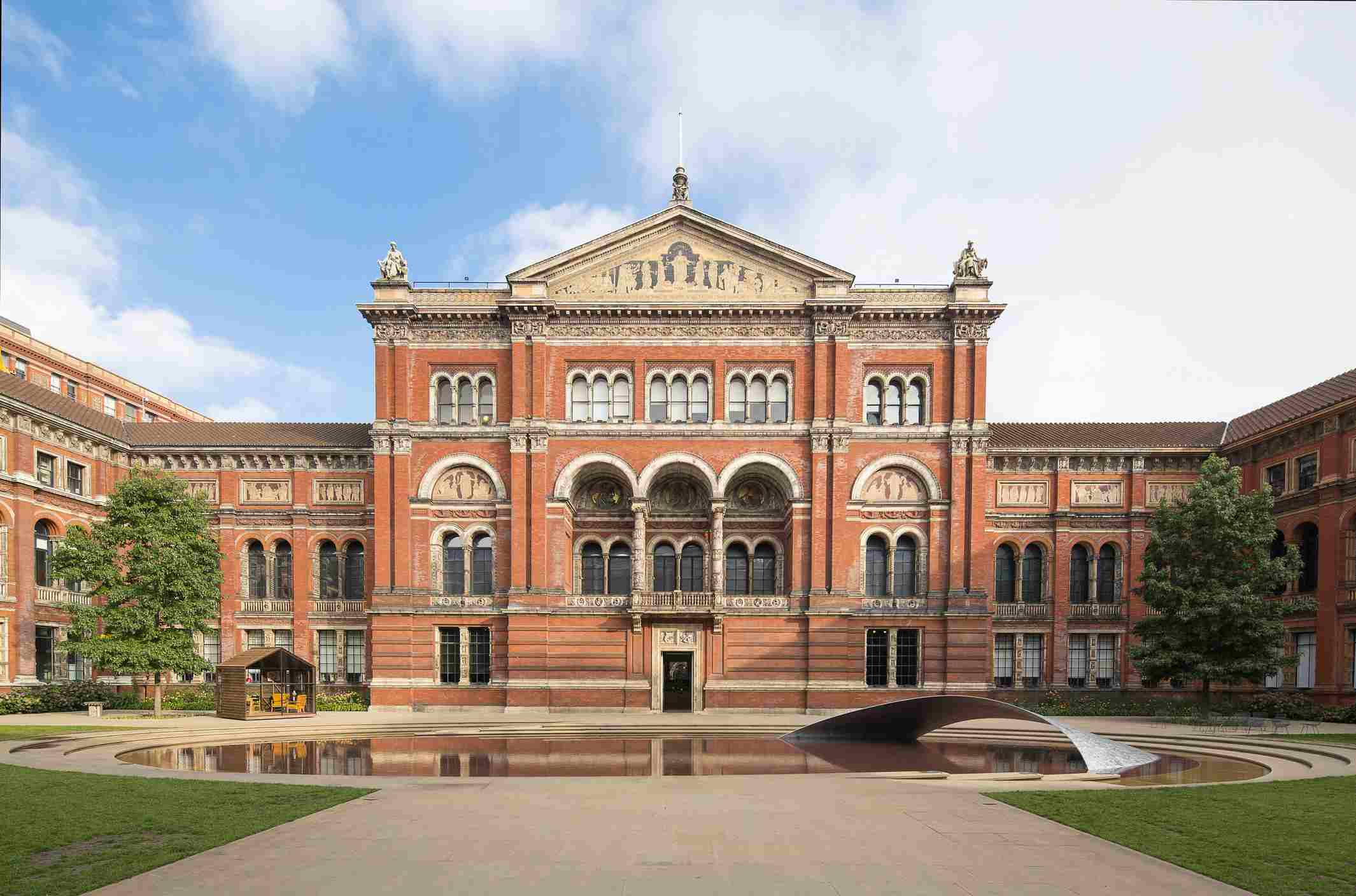 Courtyard of the Victoria and Albert Museum, London, England