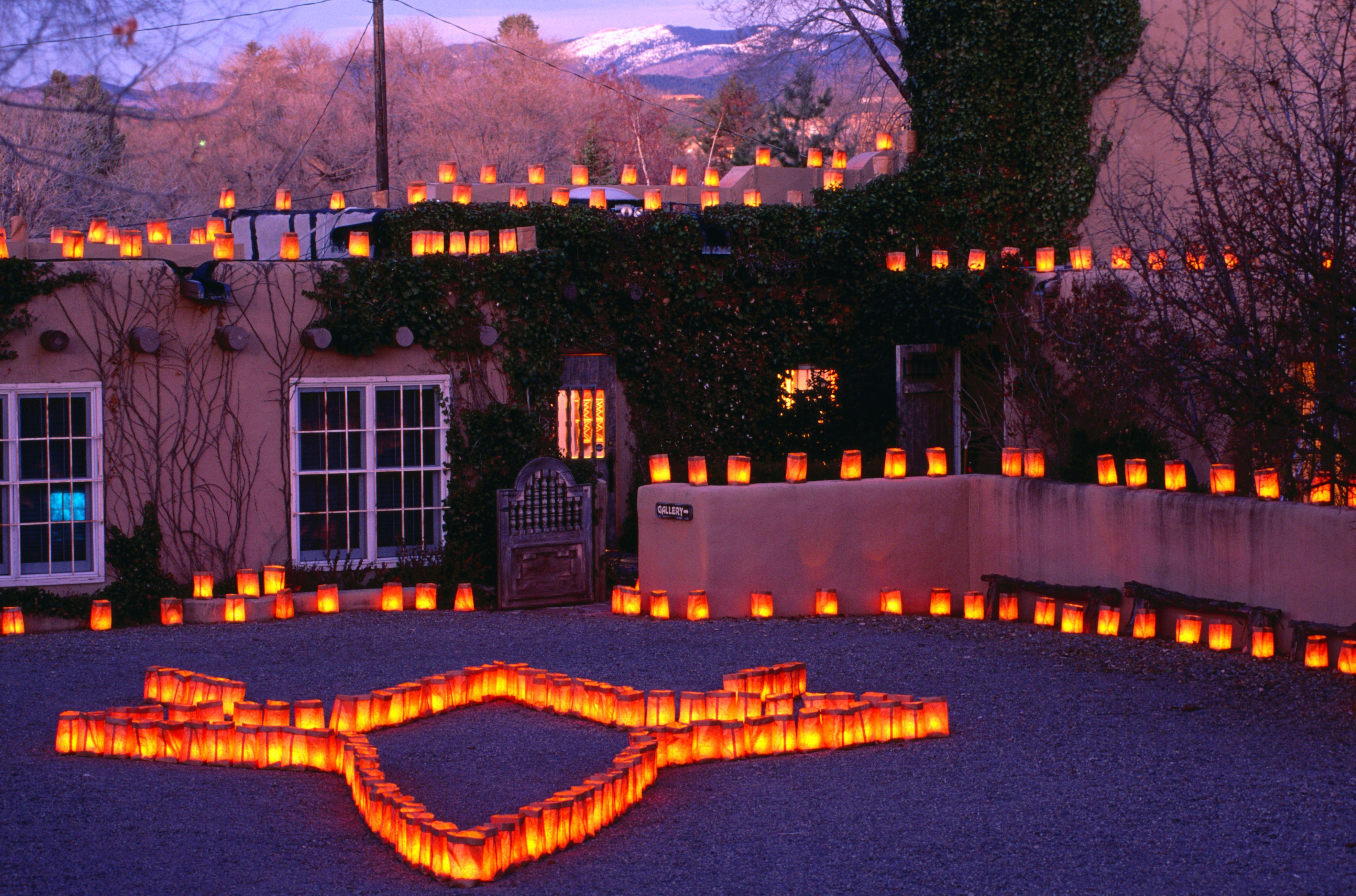 Christmas in the Southwest: Luminarias and Farolitos