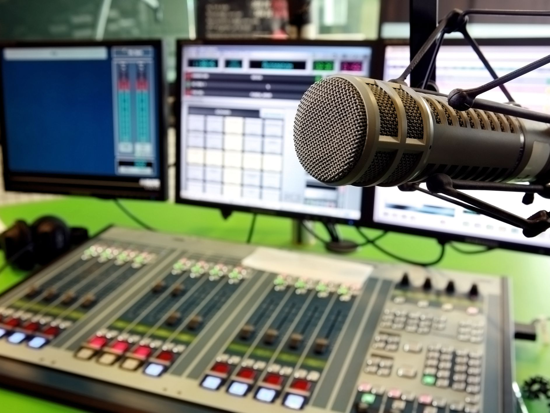 Popular FM Radio Stations in Orlando