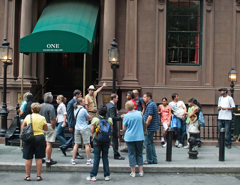 Considere los méritos de un recorrido a pie gratuito en la ciudad de Nueva York